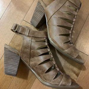 Naturalizer Block Heels